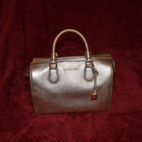 Michael Kors Handbags - Michael Kors Golden Grayson Purse